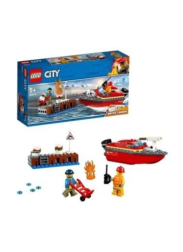 Lego  City Rıhtım Yangını 60213 Renkli